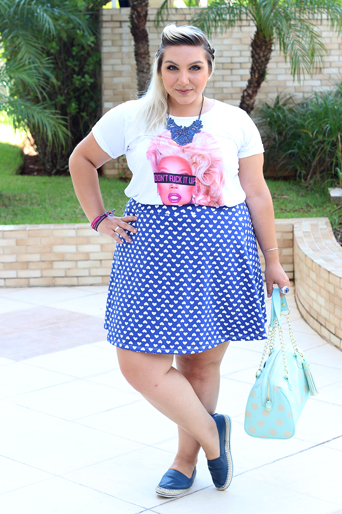 look plus size fun camiseta ru paul e saia estampada