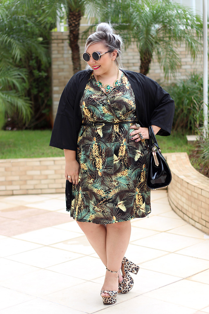 vestido plus size estampado fashion e quimono ju romano