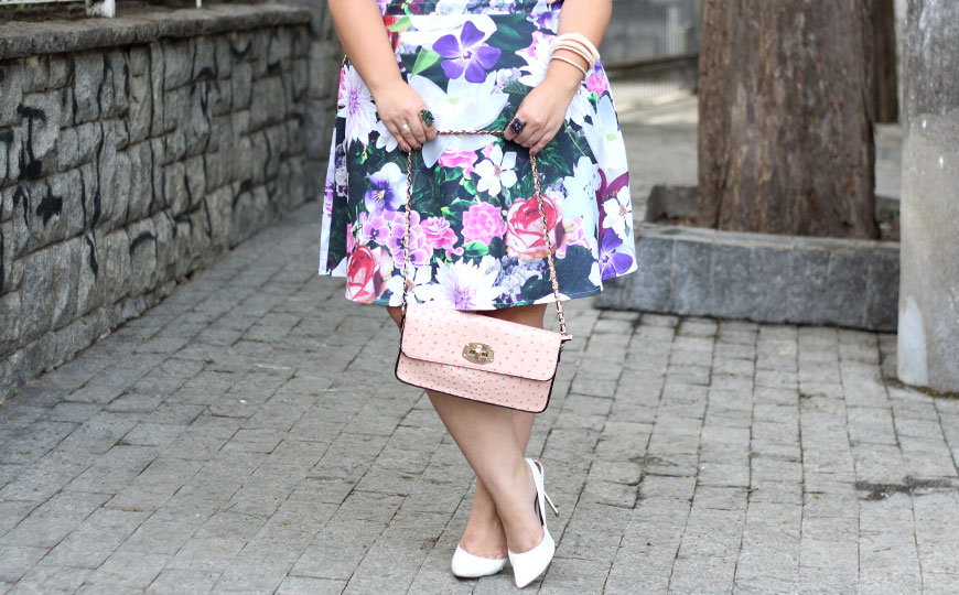 look-plus-size-romantico